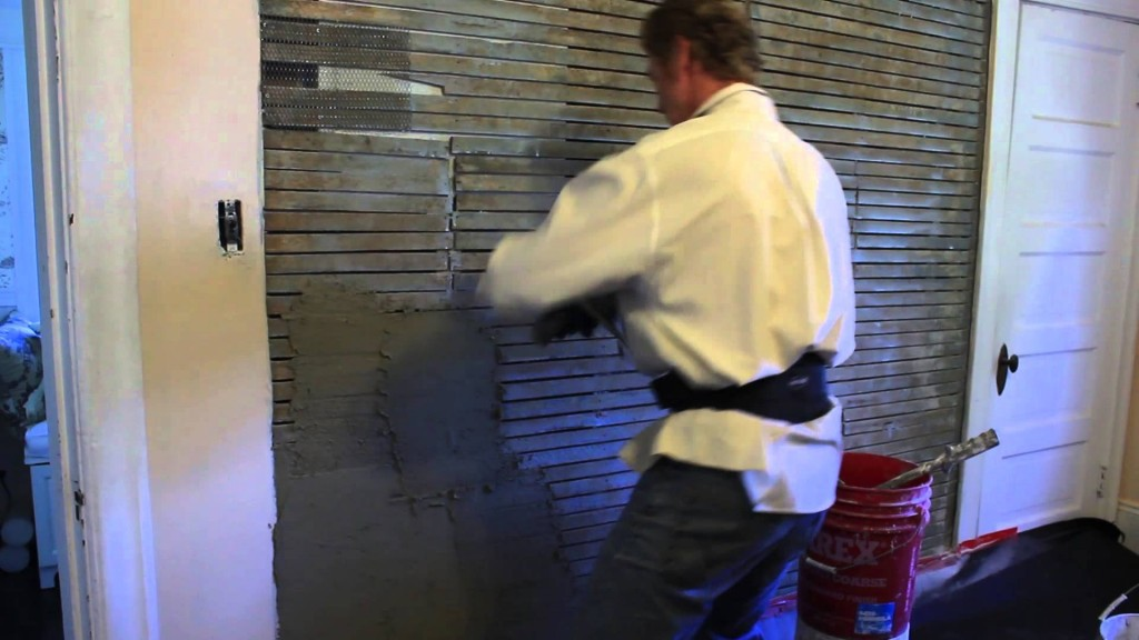 How to plaster a wall video,  lot's of ways to plaster a wall