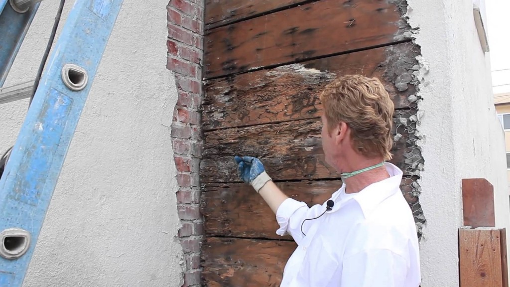 Fix a leaking exterior stucco wall, very detailed fixing methods